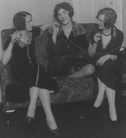 Flappers 1920s Drinking | www.pixshark.com - Images ...